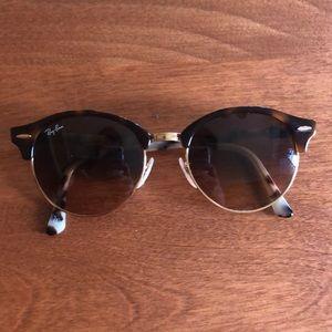 Clubround Ray Ban sunglasses